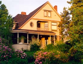 A memorable Seattle Tacoma WA experience - Chinaberry Hill - A Luxury Urban B&B Experience.