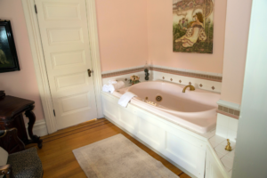 The Rose Room Tub